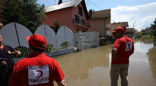 Kızılay Yardımları Bosna'ya Ulaştı