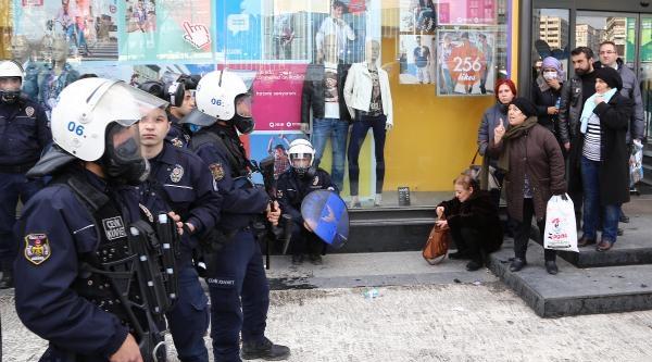 Kızılay'daki 'berkin Elvan' Protestosuna Polis Müdahalesi (2)