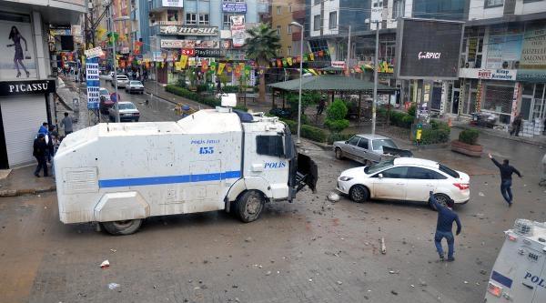 Kızıltepe'de Nevruz Kutlamasından Sonra Olaylar Çikti