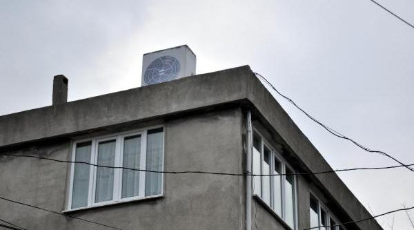 'klima Görünümlü' Baz Istasyonuna Tepki