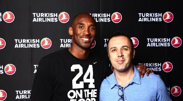 Kobe Bryant'ı Ağırlayan Thy Standı İlgi Odağı Oldu