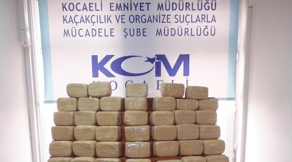 Kocaeli Polisinden Uyuşturucu Ve Kaçak Sigara Operasyonu