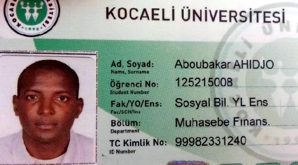 Kocaeli Üniversitesi'nde Yabancı  2 Öğrenci Birbirini Bıçakladı (2)
