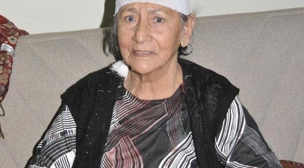 Kocaeli'de Kar Maskeli Gaspçi, 75 Yaşindaki Kadinin Bileziklerini Alip Kaçti (2)- Yeniden