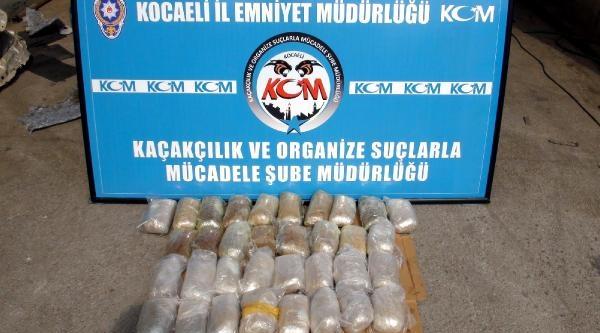 Kocaeli'de Polis 44 Kilo Eroin Ele Geçirdi