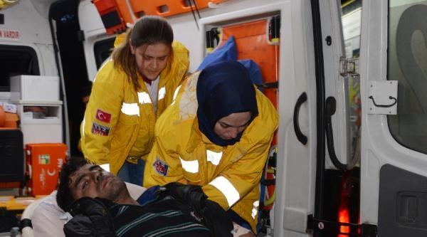 Kolunu Plastik Kesme Makinesine Kaptıran İşçi Ağır Yaralandı