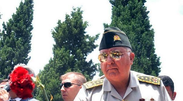Komutanlar, Soma'daki Madenci Şehitliği'nde (2)