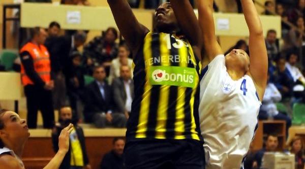 Konak Belediyespor-Fenerbahçe Fotoğraflari