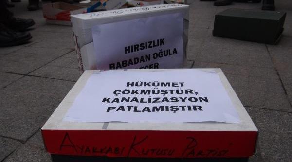 Konya'da Ayakkabi Kutulu Eylem