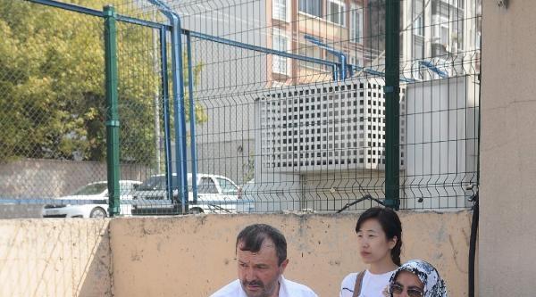 Koreli Leyla, Komiser Eşini Cezaevine Uğurladı