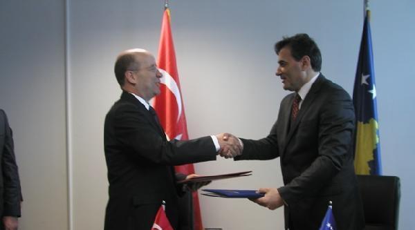 Kosova İle Türkiye Arasında İki Anlaşma İmzalandi