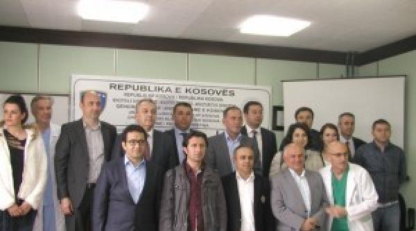 Kosova-türkiye Sağlık Haftası Çerçevesinde Kosova'da İlk Defa 3'lü By-pass Ameliyatı Gerçekleştirildi