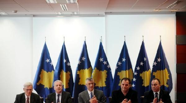 Kosova'da İlk Kez Toplu Sözleşme İmzalandi