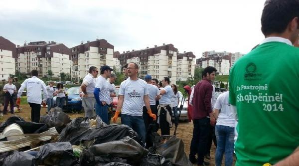 Kosova'yı Temizliyelim Eylemine 100 Bin Kişi Katıldı