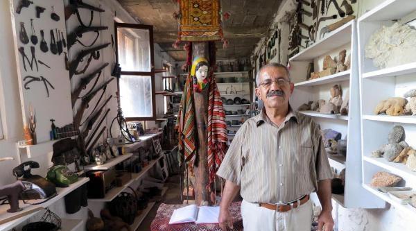 Köy Evini Müze Haline Getirdi