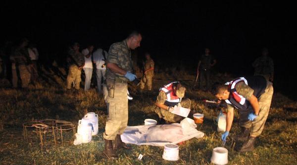 Köyde Kadın Ve Çocuklara Silahlı Saldırı: 7 Ölü (2)