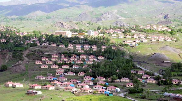 Köykent Projesi İle Yaptırılan 383 Konut Kayıyor