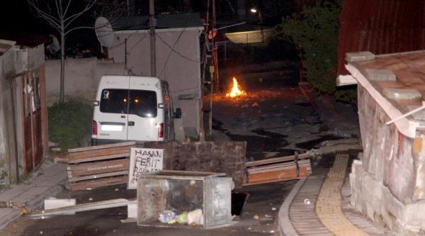 Küçük Armutlu'da Polis Müdahalesi