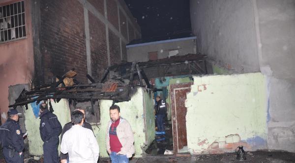 Kullanılmayan Binada Çikan Yangında Öldü
