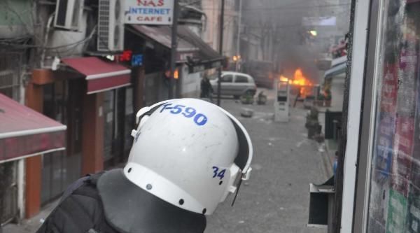 Kumkapı'da Polis Müdahalesi