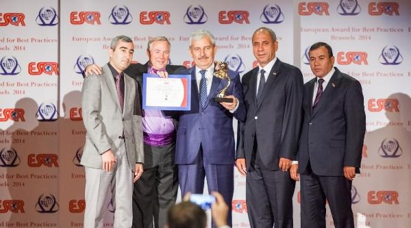 Kumluca Belediyesi'ne Avrupa'dan 'en İyi Kalite Uygulamaları 2014' Ödülü