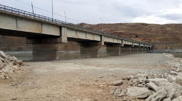 Kuraklık, Keban Baraj Gölü'nnde Etkili Oldu