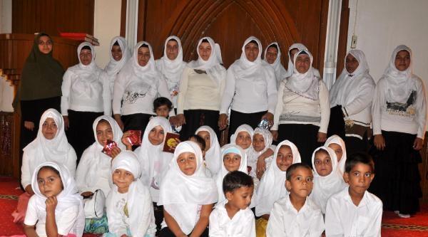 Kuran Kursunu Bitirenler İçin Camide Tören