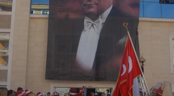 Kuşadasi'nda 600'üncü Yil Kutlamasi
