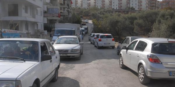 Kuşadasi'Nda Trafik Yoğunluğu