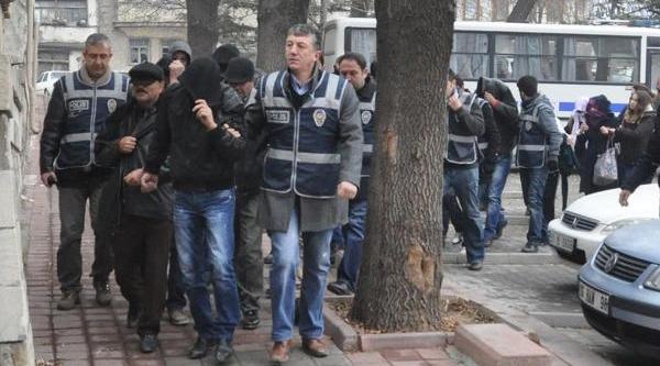 Kütahya'da Fuhuş Operasyonu: 21 Gözalti