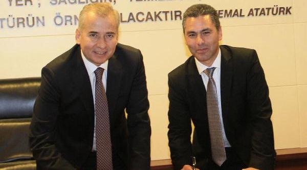 Laodikya'Yi Uyandiracak Imzalar Atildi
