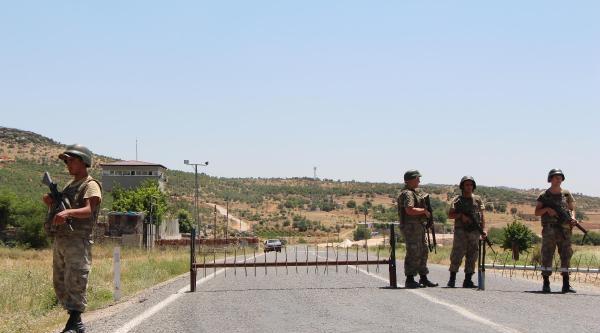 Lice'de Yine Yol Kapatıldı, 40 Araç Mahsur (2)
