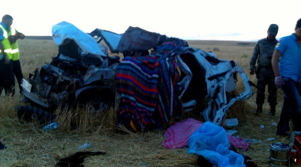 Lise Öğrencilerini Taşıyan Araç Şarampole Yuvarlandı; 3 Ölü, 2 Yaralı