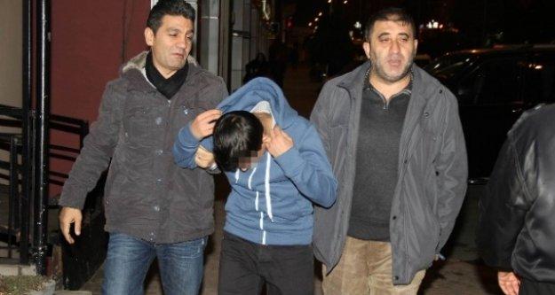 Lise Öğrencisi İddia Üzerine Arkadaşını Bıçaklandı