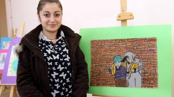 Liseli Ümran Yoksulluğun Resmini Yapti