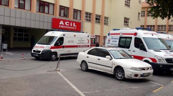 Lisenin 3'üncü Katindan Atlayan Kiz Öğrenci Ağir Yaralandi
