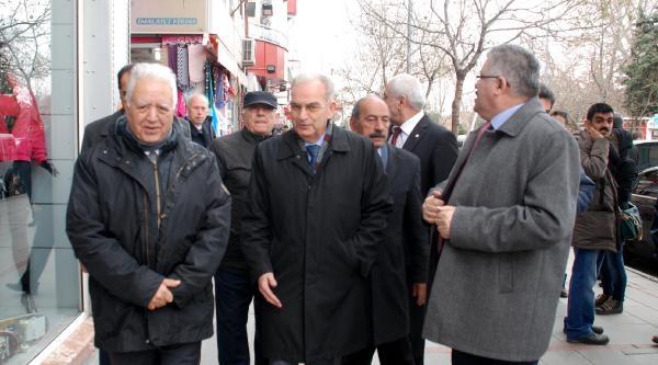 Loğoğlu: Türkiye Kötüye Gidiyor