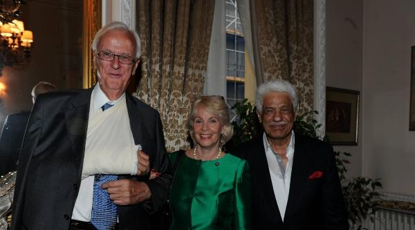 Londra Büyükelçisi Çeviköz'den Veda Resepsiyonu