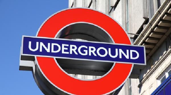 Londra Metrosunda Terör Saldırısı Paniği