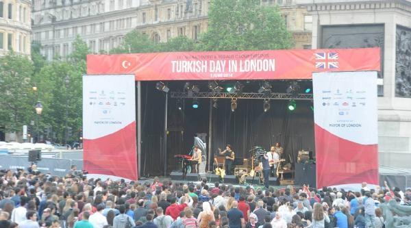 Londra'da Mehter Marşlı Türk Günü