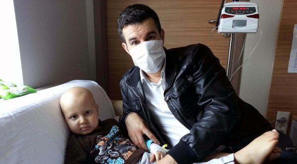Lösemi Hastası Oğlu İçin Yardım Bekliyor