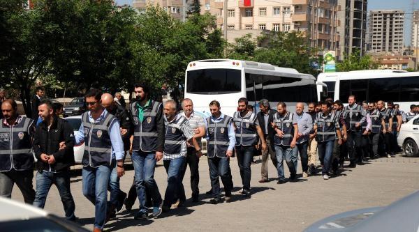 Lüks Araçta Ötv Vurgununa 6 Tutuklama
