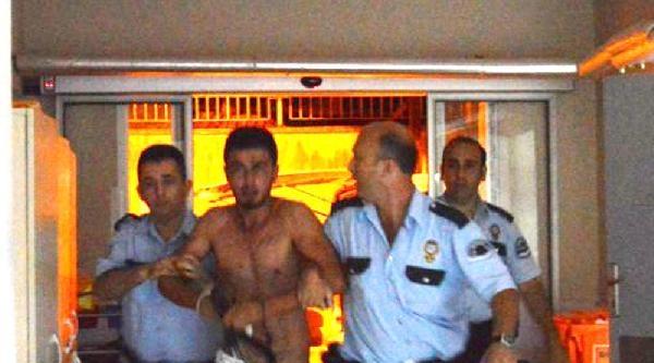 Madde Bağımlısı Gençler Polislere Saldırdı: 5 Polis Yaralı