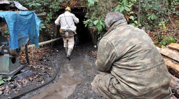Maden Ocağinda Göçük: 1 Işçi Mahsur (4)