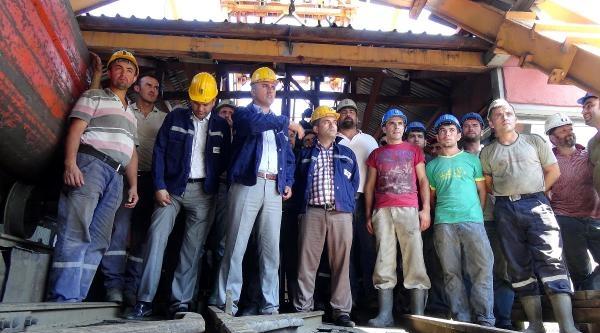 Maden Ocağında İşten Çikarmalara Tepki Eylemi