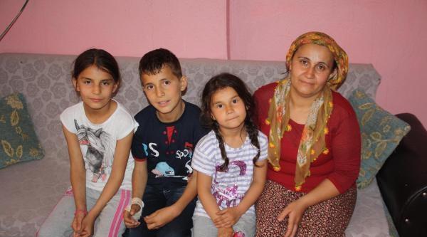 Madenci Çocuğuna Fenerbahçeli Futbolculardan Moral