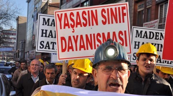 Madenciler İşçi Açıkları Ve Taşeronlaşmaya Karşı Yürüdü