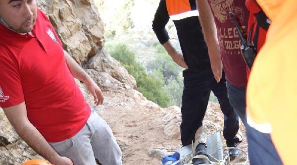 Mağarada Ayağı Kırılan Genç Kurtarıldı