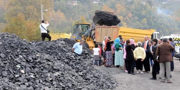 Mahalle Arasinda Yapimina Başlanan Kömür Yikama Tesisine Tepki