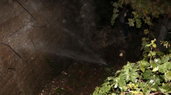 Mahalleliden 'su Boşa Aktı' Tepkisi